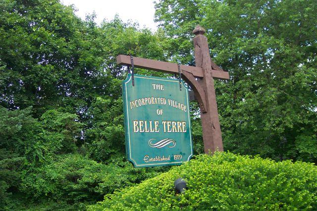 Belle Terre Entrance Sign-6-27-06
